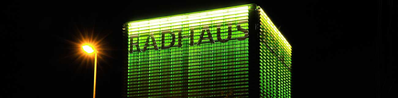 http://nusstech.w19l.t4n.io/uploads/images/backgrounds/radhaus-night-banner.jpg